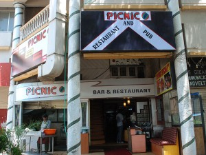 Picnic-Bar-Restaurant-Goa-6