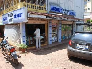 Picnic-Liquor-Mart-Goa-3